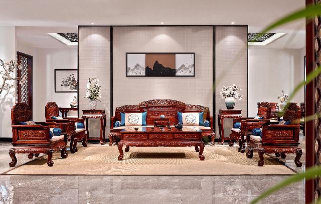 双狮迎福沙发