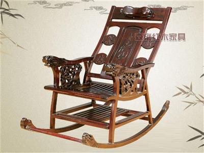 鸡翅木-寿字摇椅