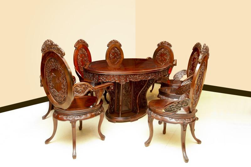 玉蘭飄香餐桌椅