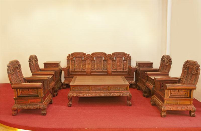 红酸枝中款象头十件套沙发